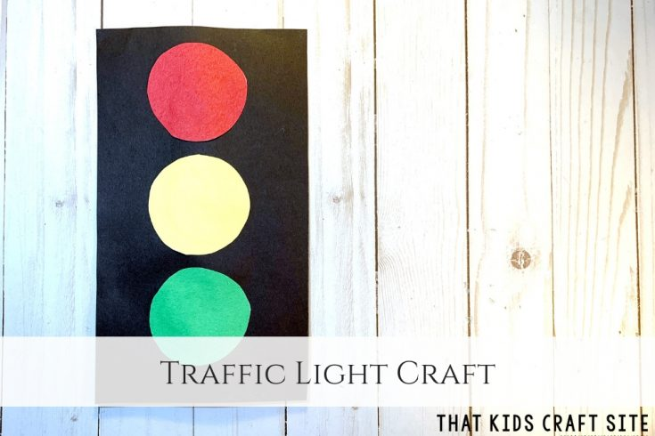 Easy Traffic Light Craft for Preschoolers - ThatKidsCraftSite.com