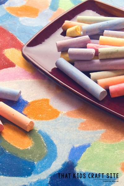 Preschool Crafts for Kids - These March Preschool Crafts are Great for Kids - ThatKidsCraftSite.com