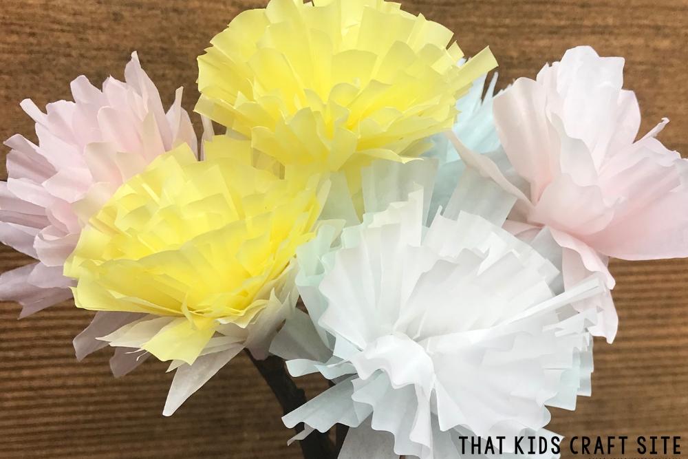 Spring Cupcake Liner Flowers Craft - ThatKidsCraftSite.com