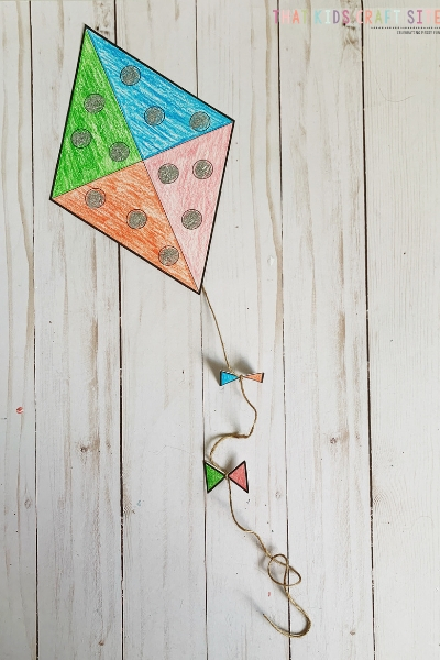 Kite Craft for Preschool - an easy spring craft for kids - ThatKidsCraftSite.com