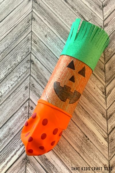 Halloween Party Game - Play Pumpkin Poppers - Craft for Kids for Halloween - ThatKidsCraftSite.com