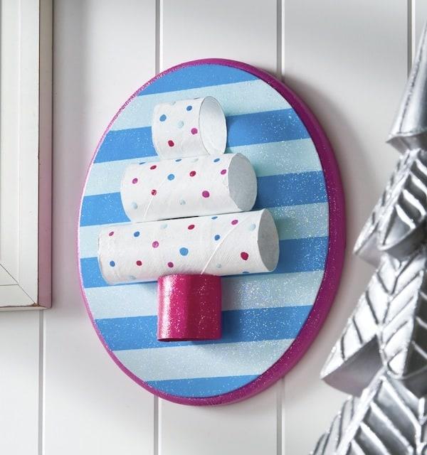 Toilet Paper Roll Christmas Crafts: Tree Plaque - Mod Podge Rocks