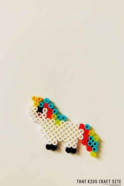 Pattern for Unicorn Perler Beads - ThatKidsCraftSite.com