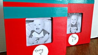 DIY Dr. Seuss Thing 1 Thing 2 Photo Frames